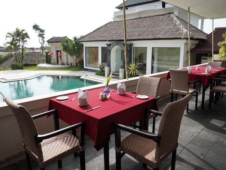 Hillstone Uluwatu Villa - Breakfast at Villa - Hoterip, Layanan Pesan Hotel Terbaik, Pesan dan Booking Hotel di Bali