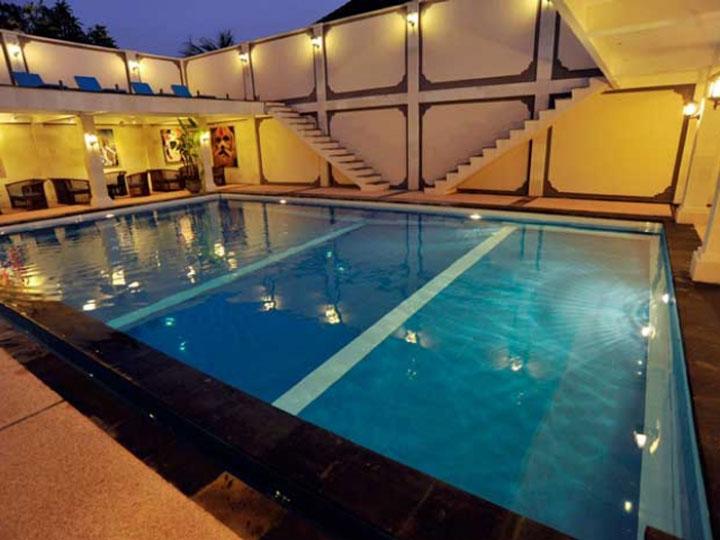 Aquarius Beach Hotel - Swimming Pool - Hoterip, Layanan Pesan Hotel Terbaik, Pesan dan Booking Hotel di Bali